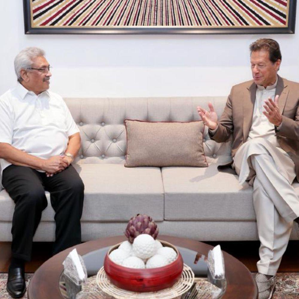 इमरान को सलाह:पाकिस्तानी एक्सपर्ट्स बोले- श्रीलंका से सिर्फ आपसी रिश्तों पर फोकस करें इमरान, वहां दखलंदाजी की कोशिश न करें