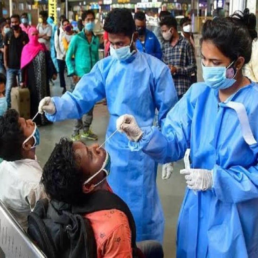 यूपी में सख्ती से लागू होगा नाईट कर्फ्यू:प्रदेश में 342 कोरोना एक्टिव केस,गुरुवार में मिले 19 नए संक्रमित,60 जनपदों में नही मिले कोविड पॉजिटिव केस