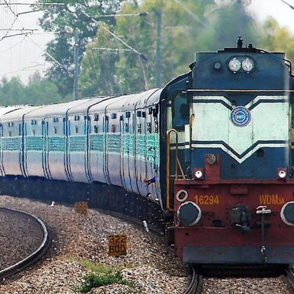 सफर होगा और आसान:पंजाब के सानेहवाल व मोरिंडा सेक्शन पर मैमू ट्रेन का सफल ट्रायल के बाद जल्द दिल्ली में भी ट्रायल करने की तैयारी