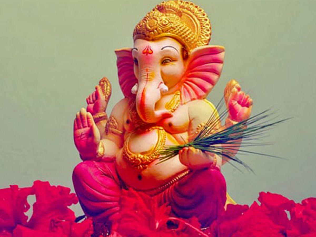 Ganesh Chaturthi 2019: Lord Ganesh Sthapna Rules Procedure Vidhi in Hindi, Perform Ganesh Staphna | गणेश स्थापना में ध्यान रखने चाहिए कुछ नियम, पुराणों में बताए स्वरुप के अनुसार हो ...