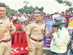 रक्षाबंधन पर 15 हजार बहन-भाई को पुलिस ने गिफ्ट किया हेलमेट, मिली 10 हजार से अधिक सेल्फी|रायपुर,Raipur - Dainik Bhaskar
