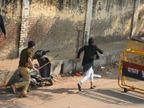 अलीगढ़ में दो दिन बंद रहेंगे सरकारी स्कूल; इंटरनेट पर रोक की मियाद 24 घंटे बढ़ी, मेरठ-सहारनपुर में फ्लैगमार्च आगरा,Agra - Dainik Bhaskar