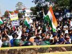 जबलपुर में सीएए का विरोध कर रहे लोगों ने तिरंगा यात्रा पर पथराव किया, 45 मिनट तक भगदड़, पुलिस ने अश्रु गैस के गोले छोड़े जबलपुर,Jabalpur - Dainik Bhaskar