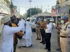 पूरे प्रदेश में सोशल डिस्टेंसिंग और हर्षोल्लास से मनाई जा रही ईद, नमाज के बाद नमाजियों ने कोरोना महामारी से बचाने मांगी दुआ|मध्य प्रदेश,Madhya Pradesh - Dainik Bhaskar