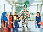 शहीद सैनिक मनजिंदर सिंह की प्रतिमा पर राखी बांधकर बहनों ने किया सैल्यूट