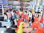 82 बसों में यात्रियों ने किया सफर, 110 के थमे रहे पहिए, टिकट व सीट पाने को टूटी सोशल डिस्टेंसिंग
