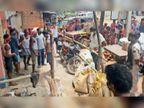 लाॅकडाउन में खुले दुकानाें काे बंद कराने गई पुलिस के साथ व्यवसायियाें ने की धक्का-मुक्की