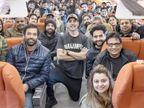 अक्षय समेत 'बेल बॉटम' की 120 लोगों की टीम ने न मास्क लगाया, न सोशल डिस्टेंसिंग रखी; प्राइवेट जेट में मस्ती के मूड में नजर आए सभी बॉलीवुड,Bollywood - Dainik Bhaskar