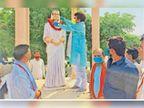 भाजपा कार्यकर्ताओं ने राजमाता सिंधिया की 100वीं जयंती मनाई|दौसा,Dausa - Dainik Bhaskar