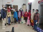 रांची स्टेशन पर 6 नाबालिग लड़कियों को तस्करों से बचाया, राजधानी एक्सप्रेस से ले जाया जा रहा था दिल्ली रांची,Ranchi - Dainik Bhaskar