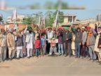 कृषि कानूनों का विरोध, एक टोली दिल्ली से आ रही, दूसरी जा रही,राशन दिल्ली ले जाने से लेकर गांव में लोगों को सिलेंडर तक मुहैया करवाने की जिम्मेदारी निभा रहे|पंजाब,Punjab - Dainik Bhaskar