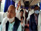 मंत्रियों के साथ बस में सियावर रामचंद्र की जय और माता कौशल्या की जय करते हुए चंदखुरी गए मुख्यमंत्री|छत्तीसगढ़,Chhattisgarh - Dainik Bhaskar