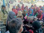 छह सूत्री मांगों को लेकर आशा सहयोगिनियों ने जुलूस निकाल कलेक्ट्रेट के आगे प्रदर्शन किया चूरू,Churu - Dainik Bhaskar