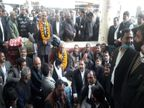 वाराणसी में SDM और CO के खिलाफ धरने पर बैठे वकील वाराणसी,Varanasi - Dainik Bhaskar