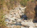हिमाचल प्रदेश के मणिकर्ण में नदी में डूबा अहमदाबाद से आया पर्यटक; पैर फिसलने से हुआ हादसा|हिमाचल,Himachal - Dainik Bhaskar