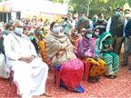 स्मृति का प्रियंका पर तंज; कहा- केरल में गाे हत्या कर उत्सव मनाने वाले UP में गायों की मौत पर सियासत कर रहे|लखनऊ,Lucknow - Dainik Bhaskar