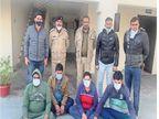 चलते-फिरते चला रहे थे क्रिकेट बुकी, हरियाणा के दो लोगों सहित चार गिरफ्तार, 90 हजार रुपए का हिसाब-किताब मिला|श्रीगंंगानगर,Sriganganagar - Dainik Bhaskar