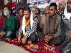 सोना वापस नहीं मिलने से नाराज ग्राहकों ने मुथूट फाइनेंस कंपनी की शाखा का किया घेराव, गेट घेर कर बैठ गए आमरण अनशन पर|बिहार,Bihar - Dainik Bhaskar