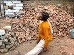 ग्रामीणों का आरोप- हत्या कर शव को पेड़ पर लटकाया, गुस्साए लोगों ने झालावाड़- इंदौर हाईवे जाम किया|राजस्थान,Rajasthan - Dainik Bhaskar