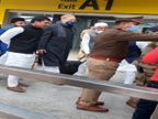 वाराणसी पहुंचे ओवैसी बोले- अपने कार्यकाल में अखिलेश यादव ने मुझे UP आने से 12 बार रोका|वाराणसी,Varanasi - Dainik Bhaskar