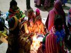वाराणसी में छाया घना कोहरा, बर्फीली ठंडी हवाओं ने पारा पहुंचाया 6.8 डिग्री सेल्सियस|वाराणसी,Varanasi - Dainik Bhaskar