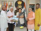 छत्तीसगढ़ की राज्यपाल ने राम मंदिर के लिए दिया 21 हजार का चेक, मुख्यमंत्री ने पुराने चंदे पर उठाए सवाल|छत्तीसगढ़,Chhattisgarh - Dainik Bhaskar