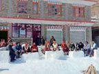यहां सब बर्फ का, बैठने के लिए सोफा, रहने को इग्लू; बैल, शेर और आईबैक्स जैसे जानवर भी|देश,National - Dainik Bhaskar