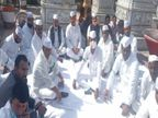 किसानों के समर्थन में जयपुर में अहिंसा सर्किल पर बैठकर कांग्रेस सेवादल ने किया एक दिन का उपवास|सीकर,Sikar - Dainik Bhaskar