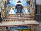 रात 3.15 बजे नकाबपोश बदमाशों ने पिस्तौल दिखाकर चौकीदार व सेवादार को बंधक बनाया, चार अष्टधातु की मूर्तियां लूटीं|जयपुर,Jaipur - Dainik Bhaskar