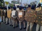लाठी-डंडे और पथराव से हमें बचाने वालों को मिल रही फटी और कमजोर जैकेट|छत्तीसगढ़,Chhattisgarh - Dainik Bhaskar