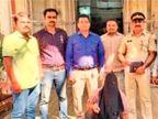मुंबई में फुटपाथ पर सोने को लेकर दो लोगों में हुआ विवाद, एक ने पत्थर से कुचलकर की दूसरे की हत्या|मुंबई,Mumbai - Dainik Bhaskar
