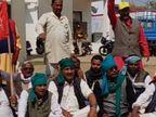 जबलपुर-रीवाशटल रोकने के लिए ट्रैक पर बैठे किसान, पुलिस ने दो दर्जन लोगों को किया गिरफ्तार जबलपुर,Jabalpur - Dainik Bhaskar