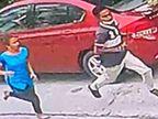 मोबाइल छीनकर भाग रहे लुटेरों से अकेली भिड़ गई थी कुसुम; कलाई कटने के बाद एक को पकड़ लिया था|जालंधर,Jalandhar - Dainik Bhaskar