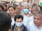 डीजल-पेट्रोल और गैस के बढ़ते दामों के विरोध में कांग्रेस का जुलूस, प्रदेश अध्यक्ष बोलीं- किसानों पर सरकार की दोहरी मार|पानीपत,Panipat - Dainik Bhaskar