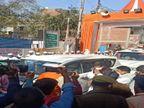 धर्मेंद्र प्रधान ने रविदास मंदिर में टेका मत्था, बोले - कोरोना की विभीषिका के बावजूद PM मोदी के कारण अर्थव्यवस्था पटरी पर आई वाराणसी,Varanasi - Dainik Bhaskar