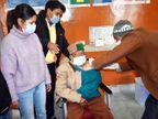 भारत के सबसे बुजुर्ग वोटर ने वैक्सीन का पहला डोज लगवाया, अरुणाचल में 3 दिन से कोई नया केस नहीं|देश,National - Dainik Bhaskar