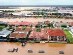 ऑस्ट्रेलिया में सबसे ज्यादा आबादी वाले न्यू साऊथ वेल्स में भीषण बाढ़; 750 लोगों का रेस्क्यू, 4 हजार को शिविरों में पहुंचाया|विदेश,International - Dainik Bhaskar