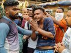 फोन पर बात करते जा रहे युवक से मोबाइल छीना, युवक ने भागते आरोपियों में से एक को पकड़ा|झारखंड,Jharkhand - Dainik Bhaskar