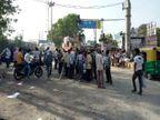 रंगो के त्यौहार होली पर खरीदारी करने निकल रहे लोग, तोड़ रहे कर्फ्यू, सड़कों पर ट्रैफिक, पुलिस ने नहीं दिखाई सख्ती ग्वालियर,Gwalior - Dainik Bhaskar