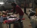रंग गुलाल, पिचकारी की दुकानें कहीं खुली, तो कहीं पुलिस ने कराई बंद, लोग बोले ऐसे कैसे करेंगे परंपरा का निर्वहन|भोपाल,Bhopal - Dainik Bhaskar