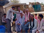 मतवालों की नहीं निकली टोली, घर के बाहर खेली होली, कोरोना को लेकर रहा मन में संशय|भिंड,Bhind - Dainik Bhaskar