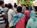अनियंत्रित स्कॉर्पियो की चपेट में आने से 2 बच्चियों की मौत, 1 की हालत गंभीर; हादसे के बाद गाड़ी एक घर में घुसी|झारखंड,Jharkhand - Dainik Bhaskar