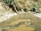 बदतर हालत के चलते छैला बलग सड़क पर वाहन चलाना हुआ कठिन, शिमला, सिरमौर और सोलन जिलों को जोड़ती है ये सड़क|ठियोग,Thiyog - Dainik Bhaskar