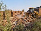 21 हजार 520 वर्गफीट जमीन पर एक करोड़ से निर्मित 10 ड्यूप्लैक्स तोड़ा गया|जबलपुर,Jabalpur - Dainik Bhaskar
