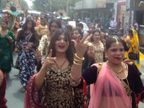 अलवर में आयोजित सम्मेलन में देशभर से जुटे किन्नर, चाक पूजन करते हुए सज-धजकर बाजारों से निकले|अलवर,Alwar - Dainik Bhaskar