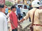 बिना मास्क घूम रहे लोगों को पुलिस ने पकड़ा वाहन में बैठाकर ले गए, कोरोना जांच कराई|रांची,Ranchi - Dainik Bhaskar