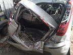 दुर्गापुरा फ्लाईओवर पर तेज रफ्तार कार पलटकर पोल से टकराई, युवती की मौत और दो साथी घायल, तीनों कॉल सेंटर से लौट रहे थे|जयपुर,Jaipur - Dainik Bhaskar