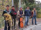 150 मीटर गहरी खाई में कार गिरने से मंडी के दंपती की मौत, 8 महीने के बच्चे समेत 3 गंभीर रूप से घायल|हिमाचल,Himachal - Dainik Bhaskar