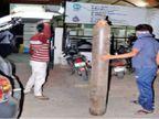 इंदौर के एक अस्पताल में ऑक्सीजन कम पड़ी तो मरीजों के परिजन बाइक-कार पर सिलेंडर लाए, प्रदेश में 24 घंटे में 6,489 मरीज मिले|मध्य प्रदेश,Madhya Pradesh - Dainik Bhaskar
