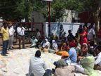 गुस्साए परिजनों ने थाने के बाहर किया प्रदर्शन, पुलिस पर टॉर्चर का आरोप|जालंधर,Jalandhar - Dainik Bhaskar
